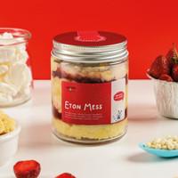 Mookie Eton Mess Cake In a Jar